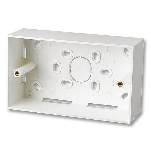 Aufputzrahmen 146x86mm für Doppel-Wanddosen (UK), 47mm tief